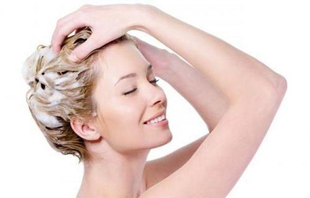 Lavare-i-capelli-tutti-i-giorni-cowash